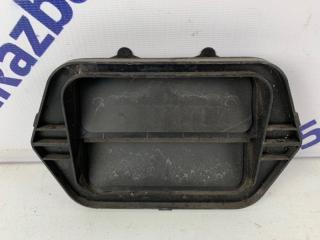Запчасть клапан вентиляции в крыло задний левый Mazda Mazda3 2006