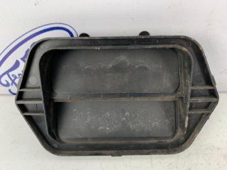 Запчасть клапан вентиляции в крыло задний правый Mazda Mazda3 2006