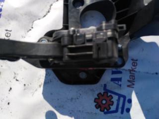 Педаль газа Skoda Fabia 2012