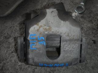 Суппорт передний правый Ford Fusion 2005