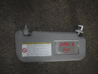 Запчасть козырек солнцезащитный правый Toyota Auris 2008