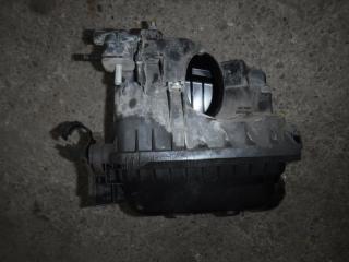 Запчасть корпус воздушного фильтра Toyota Auris 2008