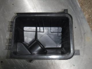 Запчасть корпус воздушного фильтра Toyota Corolla АКПП 2013
