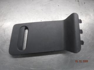 Запчасть крышка обшивки багажника задняя правая Nissan Terrano 2014