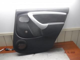 Запчасть обшивка двери задняя правая Nissan Terrano 2014