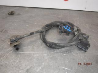 Запчасть форсунка омывателя Opel Meriva 2012