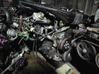 Запчасть двигатель передний TOYOTA Corolla