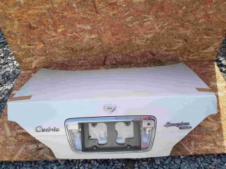 Запчасть крышка багажника задняя NISSAN Gloria 1997