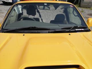 Запчасть стекло лобовое переднее TOYOTA Hilux Surf 2002