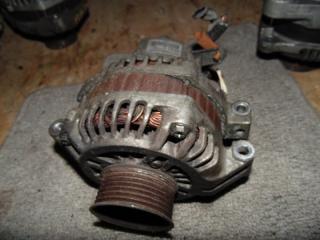 Запчасть генератор HONDA STEPWGN 2003