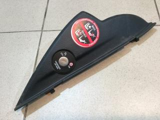 Запчасть накладка (кузов внутри) правая Kia Sorento 2009-2020