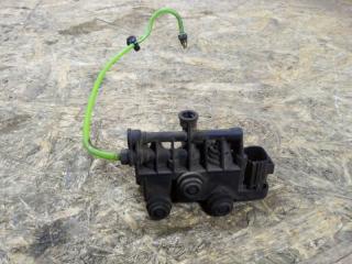 Блок клапанов выравнивания подвески Land Rover Range Rover Sport 2006