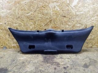 Запчасть накладка крышки багажника Peugeot 307