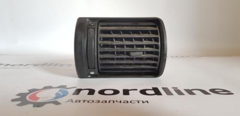 Запчасть дефлектор обдува левый Audi A4 B5 1995