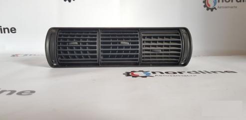 Запчасть дефлектор обдува центральный Audi A4 B5 1995