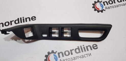 Запчасть накладка ручки двери передняя левая Mitsubishi Lancer X 2007