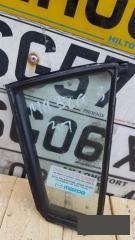Запчасть стекло глухое заднее правое Mazda 3