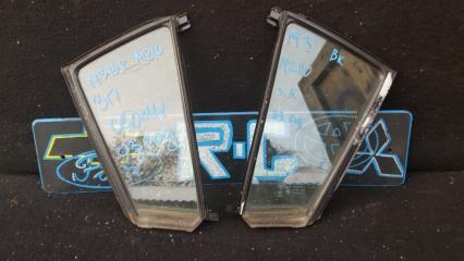 Запчасть стекло глухое Mazda 3 BK